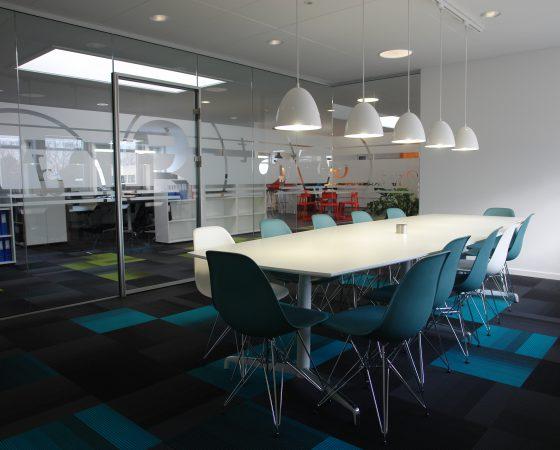 SpangenbergMadsen – Et Identitetsskabende designkoncept med indretning af arbejdsmiljø.
